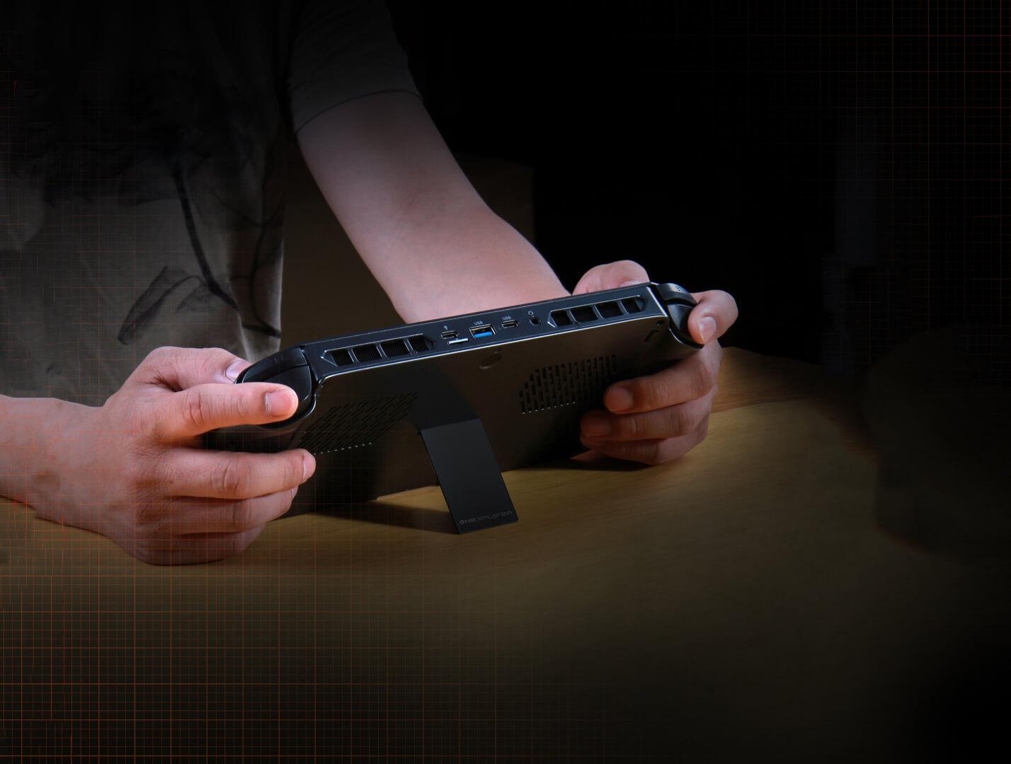 https://www.one-netbook.jp/wordpress/wp-content/themes/one-netbook/img/teaser/one-xplayer/kickstand_bg.jpg